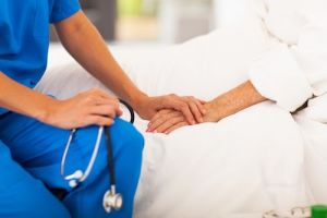 Become an Nurse with Online RN Programs