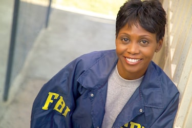 Become an FBI agent with an online degree