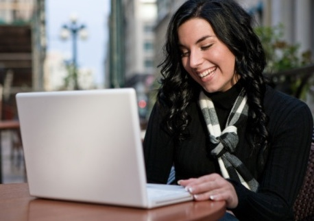 Non-traditional students sput online education growth