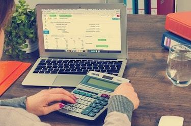 Online accounting degree students should love numbers and math